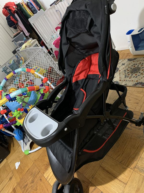 Car seat and stroller combo (Baby trend brand )