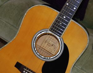 AMERICAN LEGACY ACOUSTIC/ELECTRIC GUITAR for Sale in Wadsworth, OH