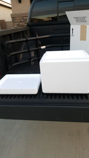 Styrofoam shopping container or cooler for Sale in Henderson, NV