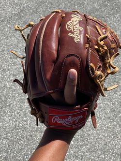Rawlings Pitching Baseball Glove for Sale in La Puente,  CA
