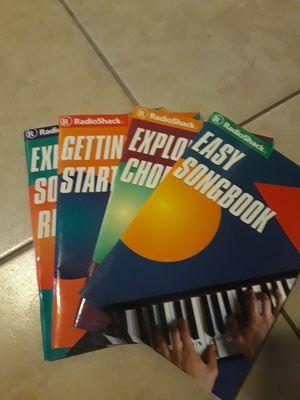 4 piano books for Sale in Orlando, FL