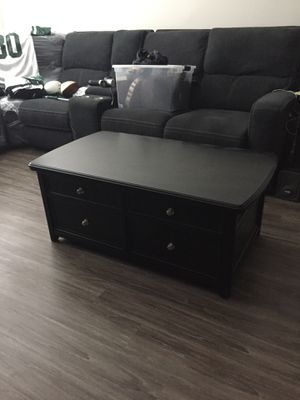 Two end tables and one coffee table for Sale in NJ, US