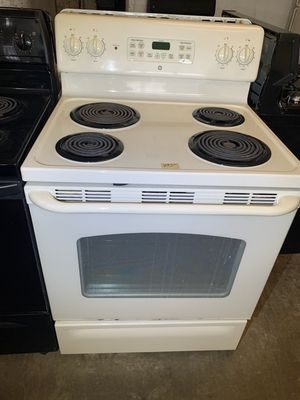 📢📢GE Electric Stove Oven White Coil Top #1469📢📢 for Sale in Baltimore, MD