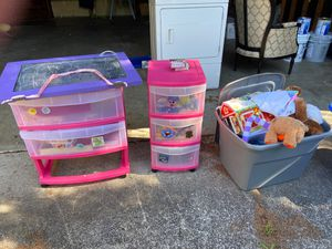 Random kid toys- FREE! for Sale in Puyallup, WA
