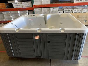 Hot Tub! New for Sale in Fullerton, CA