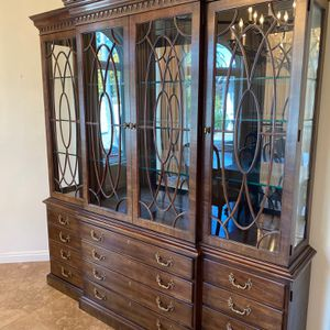 Dining table with matching cabinet for Sale in Solana Beach, CA