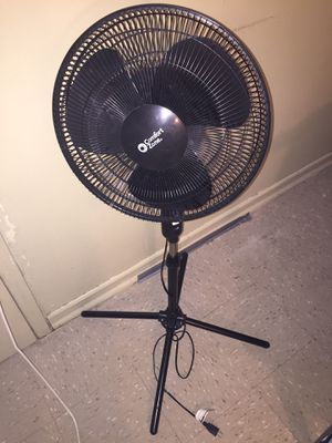 Stand up fan for Sale in Brooklyn, NY