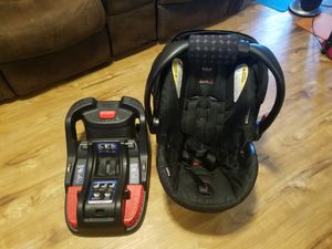 Britax B-SAFE 35 for Sale in Seattle, WA