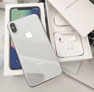 iPhone X 64GB UNLOCKED for Sale in San Jose, CA