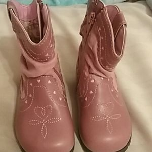 Girl boots for Sale in Omaha, NE