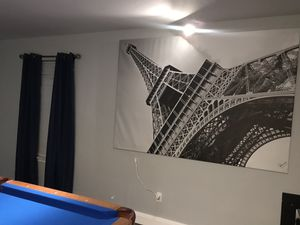 Eiffel Tower vinyl large picture for Sale in Elgin, TX