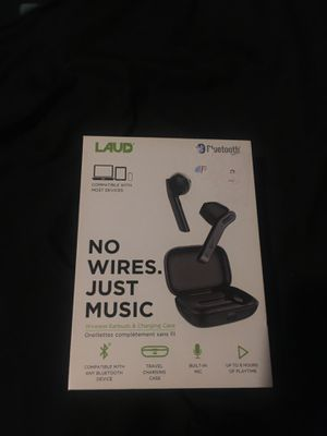 Wireless headphones laud w/charger and holding box for Sale in San Antonio, TX