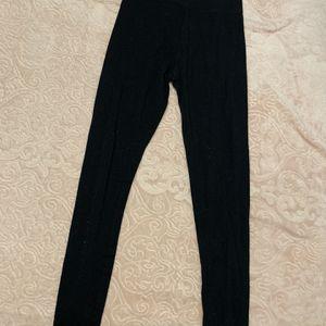 Forever21 Black Highwaisted Leggings for Sale in Holbrook, NY
