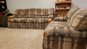 Bassett Couch and Love Seat for Sale in Springfield, VA