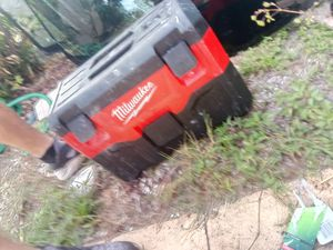 Milwaukee shop vac for Sale in Tarpon Springs, FL
