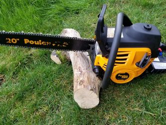 POULAN PRO Chain Saw for Sale in Everett,  WA
