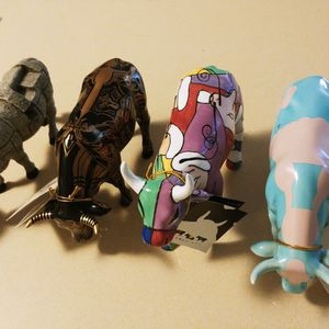 Decorative Cow Figurines for Sale in Walnut Creek, CA