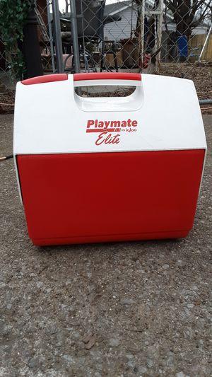 Playmate Elite Cooler by igloo for Sale in Nashville, TN