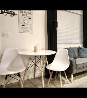 White round modern table with wooden legs. Table only for Sale in San Diego, CA