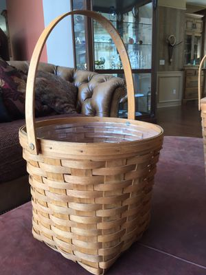 Longaberger Basket Like New with liner - vintage for Sale in Lee's Summit, MO