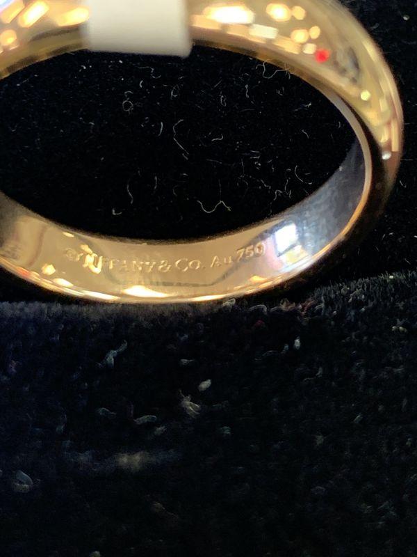 Tiffany & Co. 18K Men's Wedding Band