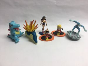 Disney & Jakks Toys Figurines Lot Wonder Women, etc for Sale in San Francisco, CA