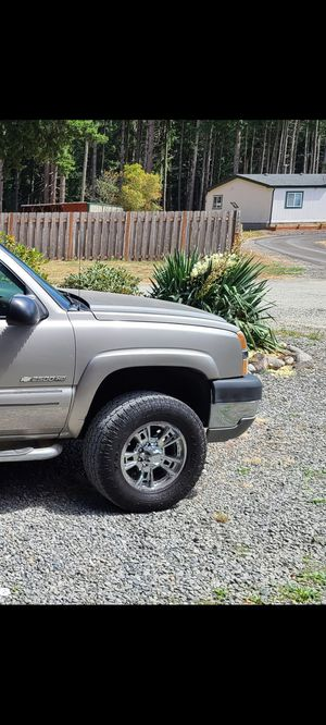 Chevy/dodge wheels and tires for Sale in Rochester, WA