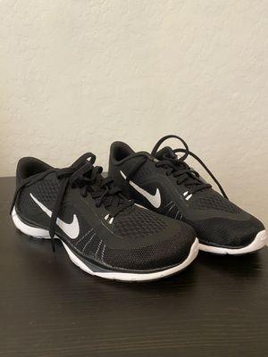 Nike women's running shoe for Sale in Laveen Village, AZ