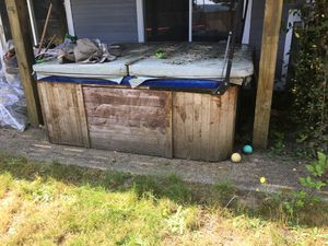 free hot tub and porch steps for Sale in Orting, WA