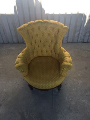 1952 Golden Antique Chair for Sale in Columbia, SC