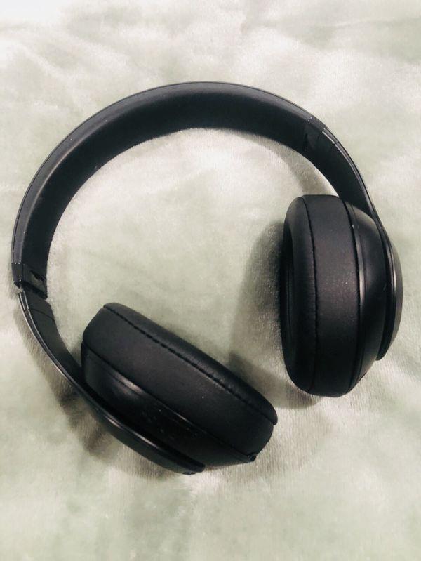 Beats - Studio 3 - Perfect Condition