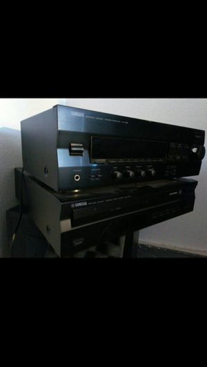 Yamaha stereo receiver, matching 5 disc cd player for Sale in Oceanside, CA