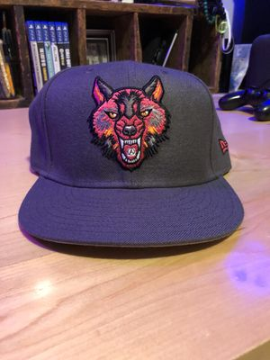 Upper Playground Wolf Fitted New Era Hat 7 5/8 for Sale in Brook Park, OH