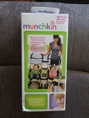 Munchkin 3 Stroller Links 2 Make An instant double stroller for Sale in Old Forge, PA