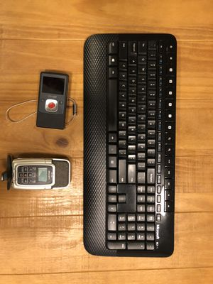 Keyboard and camera and mic for Sale in San Francisco, CA