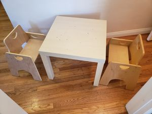 """Two ECR4KIDS 10"""" stackable kids chairs for Sale in Long Beach, CA"""