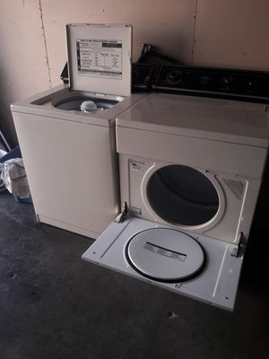 Washer and gas dryer they work like new$199 for Sale in Los Angeles, CA