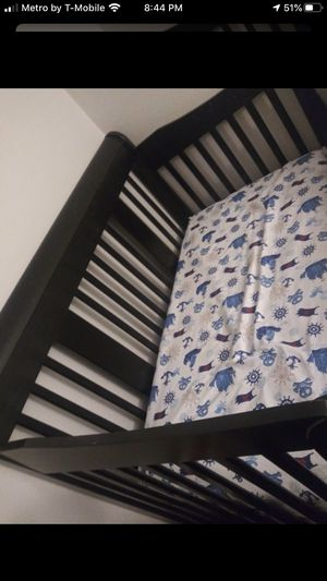 Baby crib for Sale in Irving, TX
