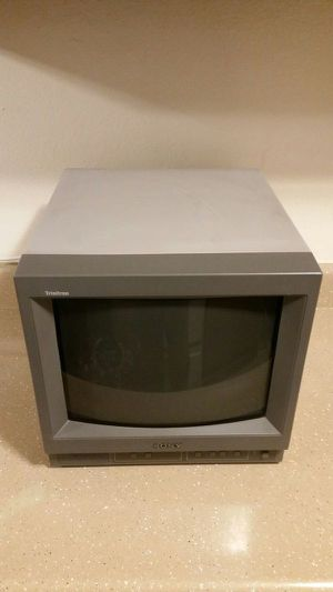 Sony PVM 14N5U 14 Inch CRT Monitor for Sale in Los Angeles, CA