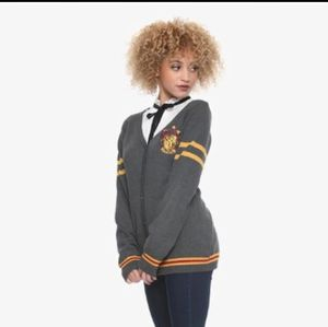 Hot Topic Harry Potter Gryffindor Gray Cardigan for Sale in Memphis, TN