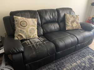 Reclining couch for sale for Sale in Santa Clara, CA