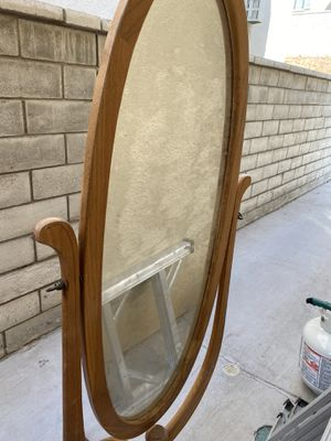 PENDING pick up -Standing mirror for Sale in Norco, CA