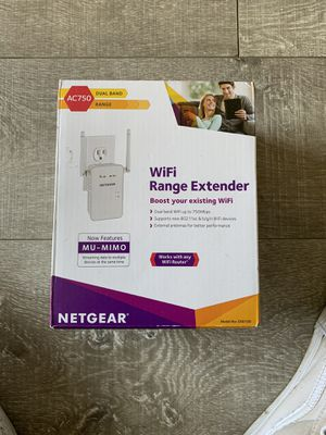 Netgear AC750 WiFi extension router for Sale in Los Angeles, CA