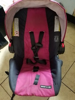 Graco infint car seat for Sale in Austin, TX