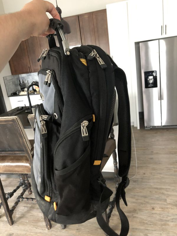 Targus drifter laptop backpack with Dell laptop lock