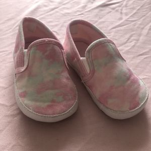 Old Navy Pink Shoes (12-18months ) for Sale in Bridgeview, IL