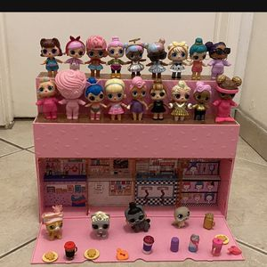 LOL POP SURPRISE POP UP STORE WiTH Dolls ☝️S150 FOR Everything Only today This Price Is Firm ☝️☝️☝️☝️ for Sale in Tustin, CA