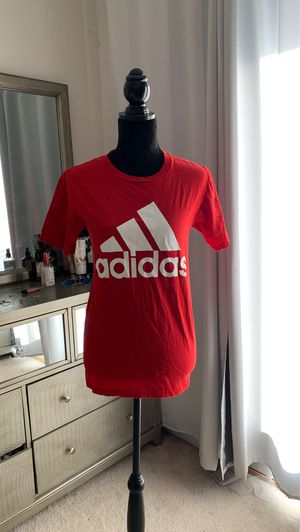Adidas red t shirt 💲 for Sale in Oakley, CA