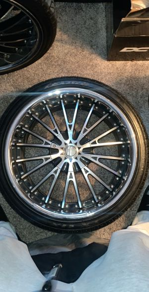 20 inch black and chrome rims for Sale in Federal Way, WA