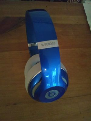 Beats studio 2 wireless Bluetooth for Sale in Houston, TX